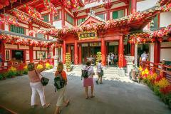 Buddha tooth relic temple chinatown