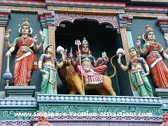 Best indian temple to visit in Singapore Little India: Sri Srinivasa Perumal and Sri Veeramakaliamman temples