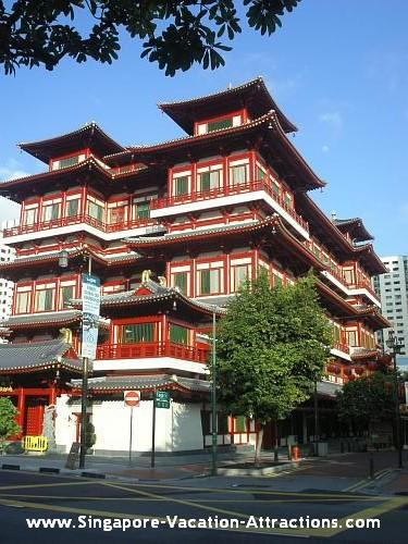 Buddha Tooth Relic Temple and Museum, a Chinese temple at Singapore Chinatown
