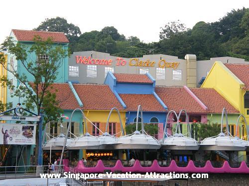 Clarke Quay, a dinning and entertaining nightlife spot, lined with cosy cafes, jazz bars, restaurants and shops